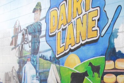 Dairy Lane Mural in the Lower Cattle Barn